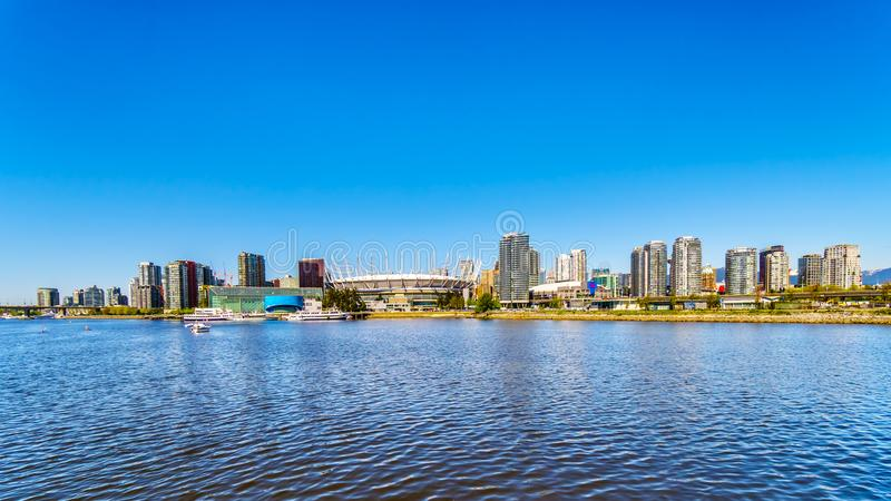 Сценарный взгляд горизонта Ванкувера, ДО РОЖДЕСТВА ХРИСТОВА, Канада стоковые изображения rf