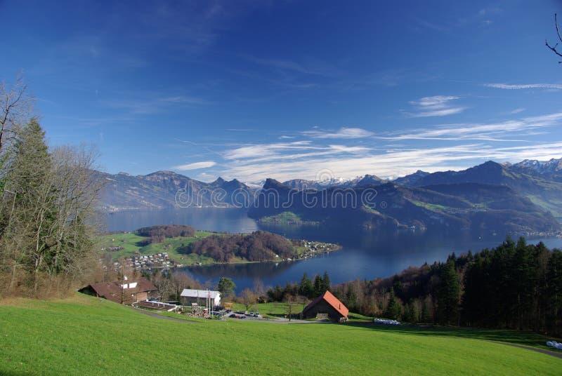 Сценарный взгляд озера Люцерн стоковые изображения rf