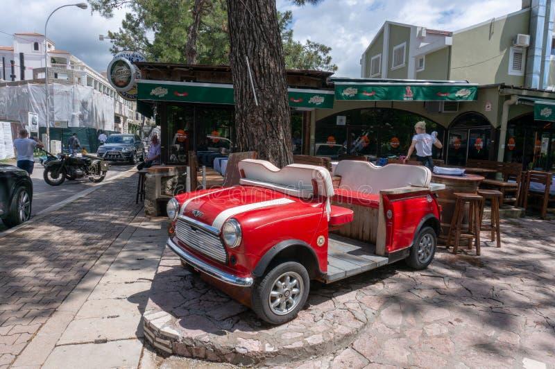 Сценарный взгляд старого городка Budva Черногории стоковые фото