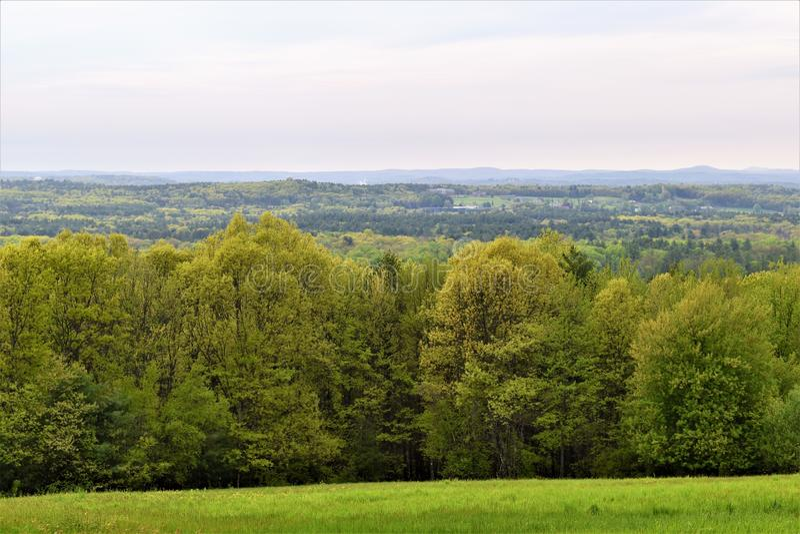 Сценарный взгляд убежища Oxbow национального Wildlfe принятого от Гарварда, Массачусетса, Соединенных Штатов стоковые фото