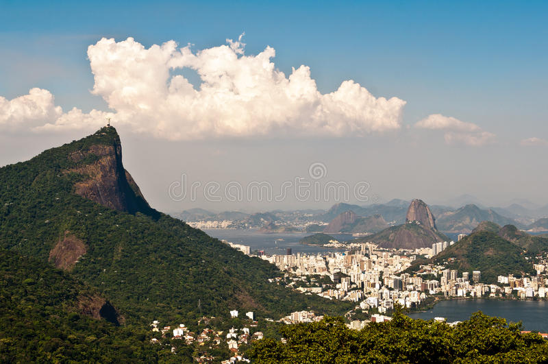 Сценарный вид с воздуха Рио-де-Жанейро стоковые изображения