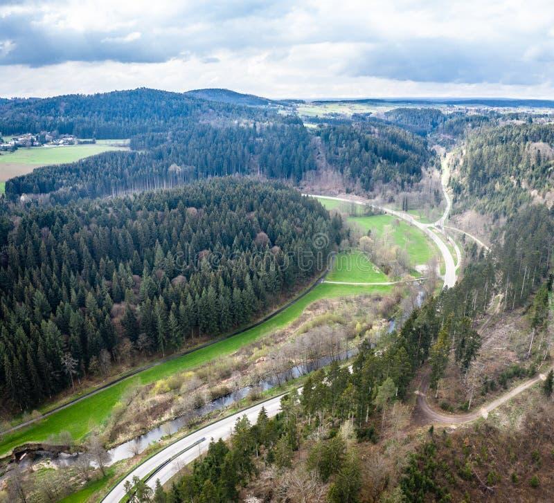 Сценарный ландшафт горы Взгляд на черном лесе, Германия r Близко к Nagold стоковое изображение