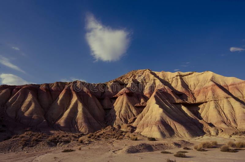 Сценарный ландшафт Bardenas Reales в зоне Наварры Испании стоковые фото