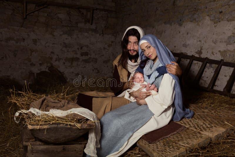 Сцена в реальном маштабе времени рождества в кормушке стоковые фотографии rf