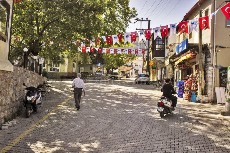 Сцена деревни в небольшой турецкой деревне стоковые изображения rf