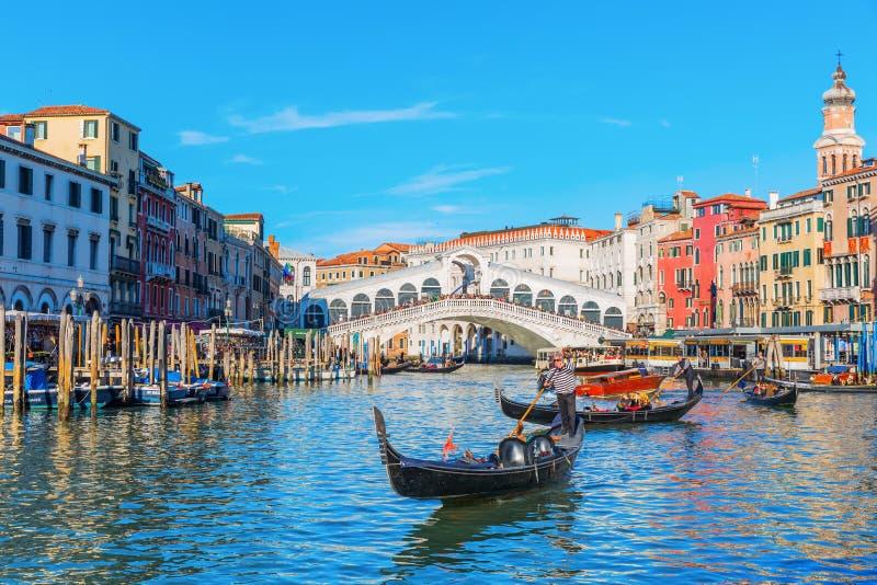 Сцена на грандиозном канале в Венеции, Италии стоковые фотографии rf
