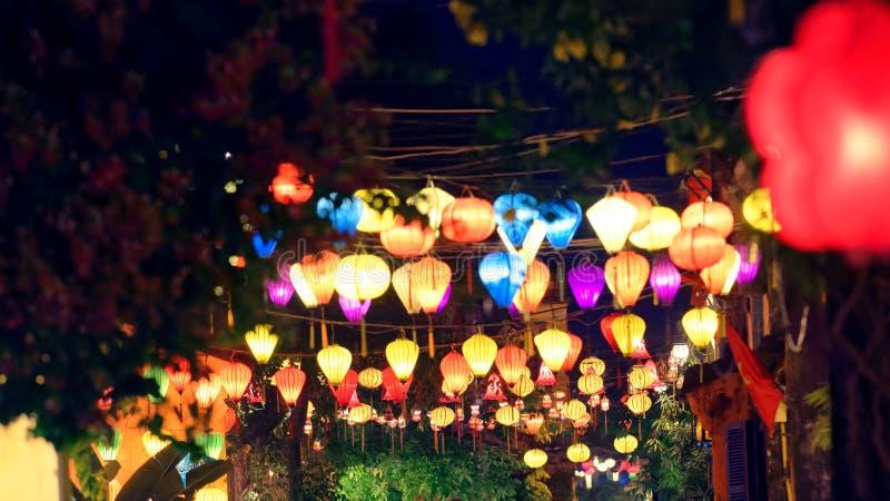 Сцена ночи в городке Hoi стоковые фото
