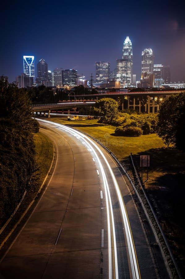 Сцена ночи горизонта города Шарлотты стоковые фото