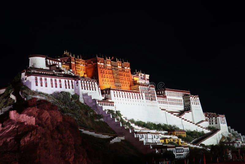 Сцена ночи дворца potala стоковая фотография rf