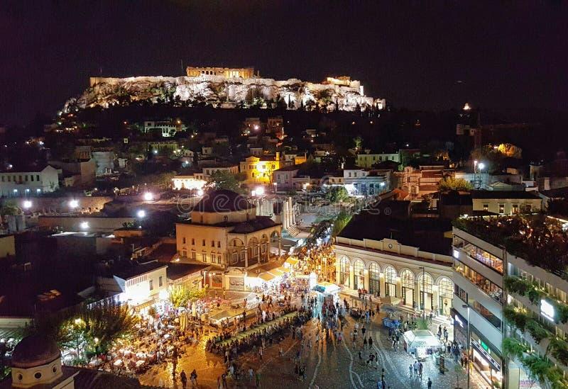 Сцена ночи на Monastiraki, Афинах, Греции стоковые изображения rf