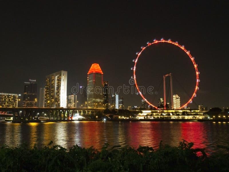 Сцена ночи рогульки Сингапура на заливе Марины стоковые фотографии rf