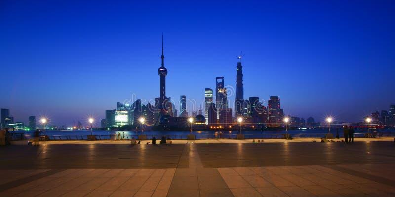Сцена ночи lujiazui, Шанхая, фарфора стоковые изображения