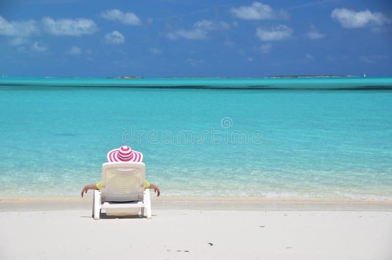 Сцена пляжа. Exuma, Багамские острова стоковое фото rf