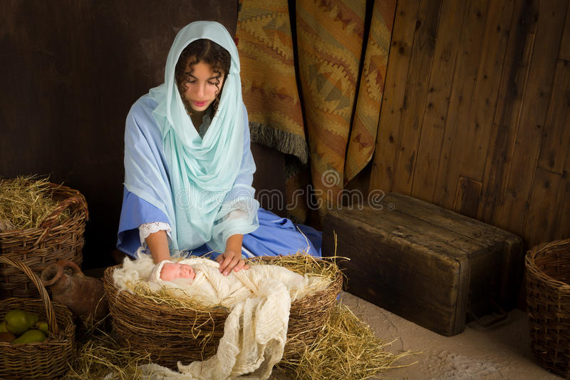 Сцена рождества в кормушке стоковое изображение