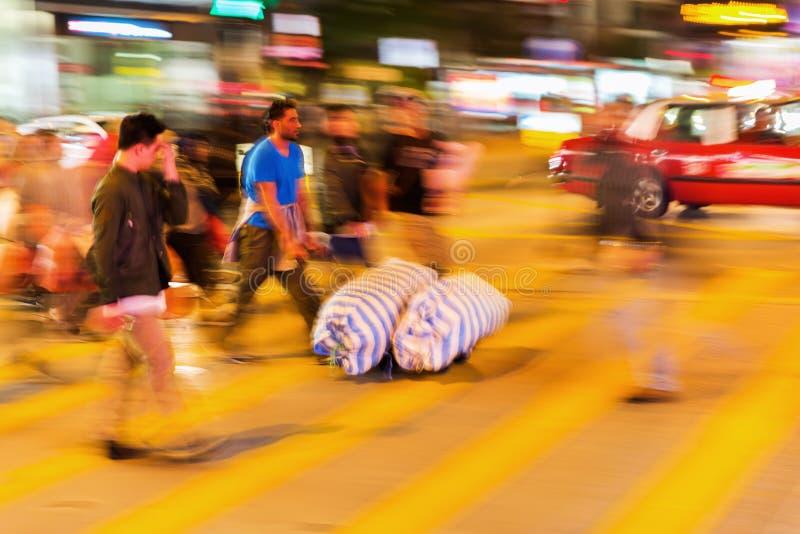 Сцена улицы в Гонконге на ноче стоковые фотографии rf