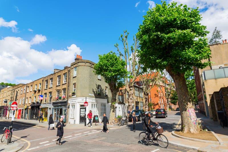 Сцена улицы на улице Redchurch в Shoreditch, Лондоне стоковое фото