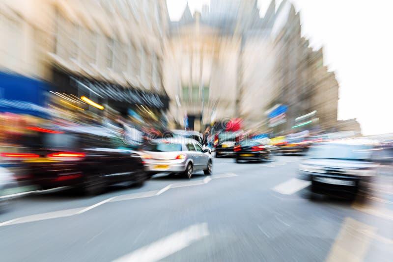 Сцена улицы Эдинбурга с влиянием сигнала стоковые фотографии rf