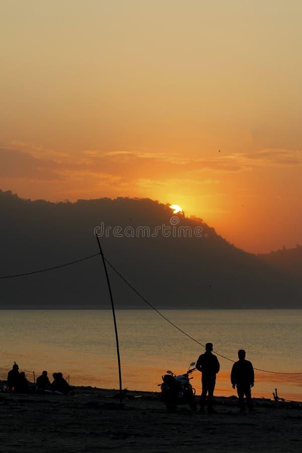 Сценическая красота захода солнца стоковые изображения