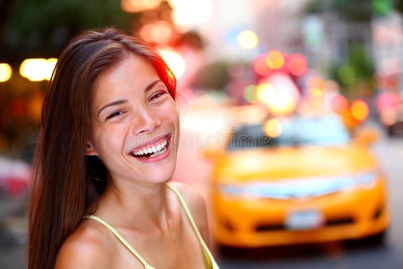 Счастливая девушка Нью-Йорк стоковые изображения