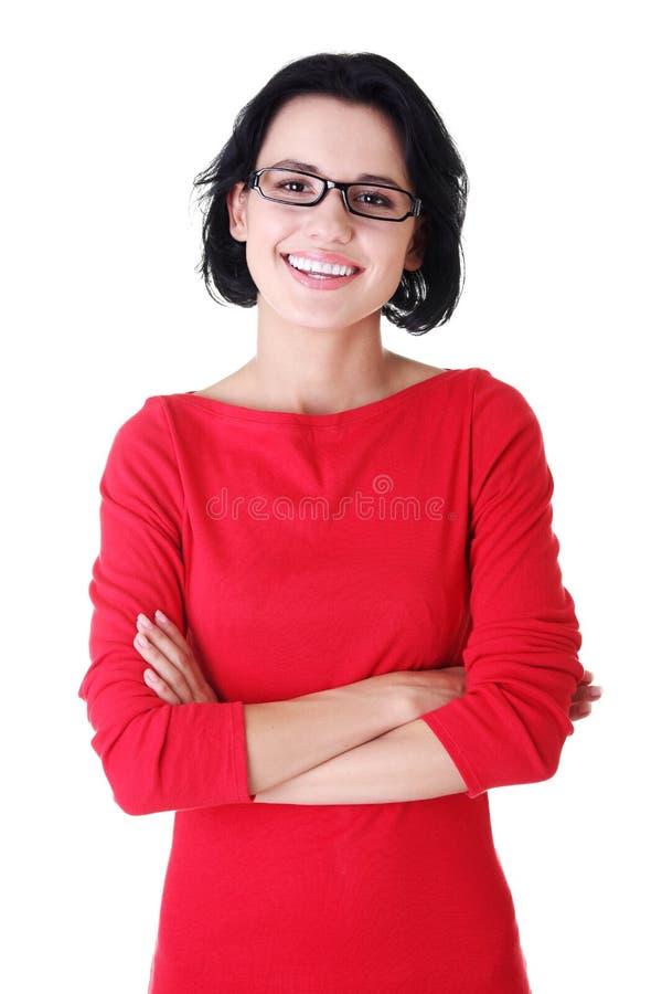 Счастливая красивейшая женщина в вскользь одеждах стоковое изображение