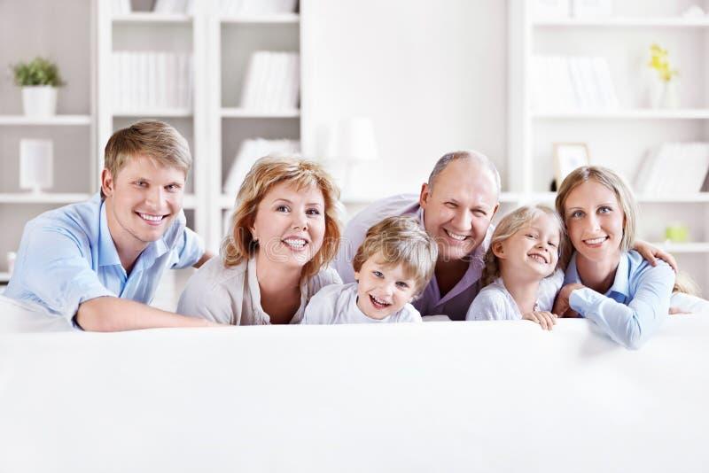 Счастливая семья стоковые изображения rf