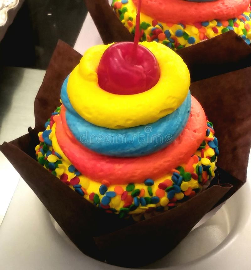 Счастливое пирожное места стоковое фото