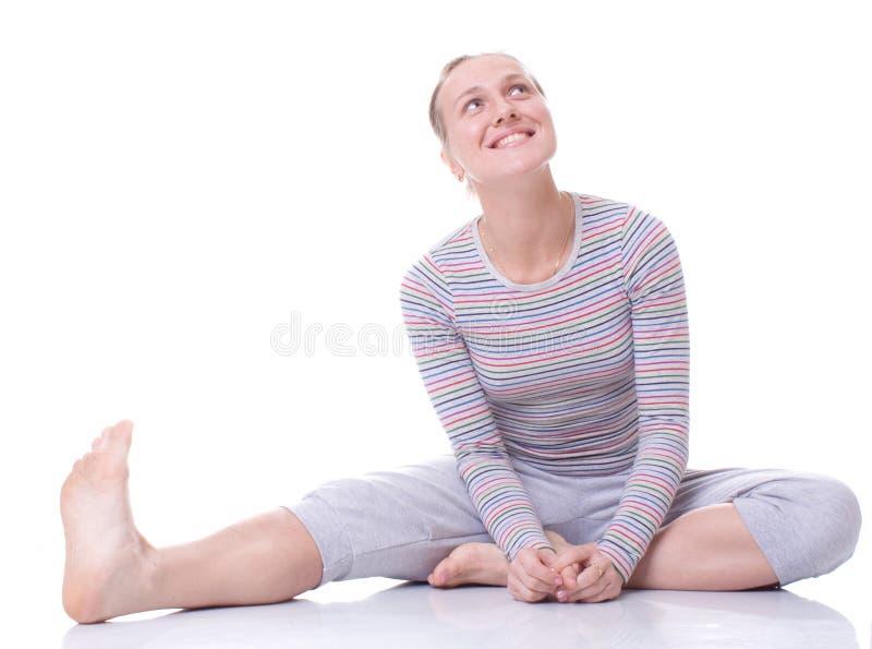 счастливые детеныши женщины стоковые фото