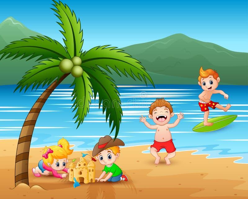 Счастливые дети играя на пляже иллюстрация вектора
