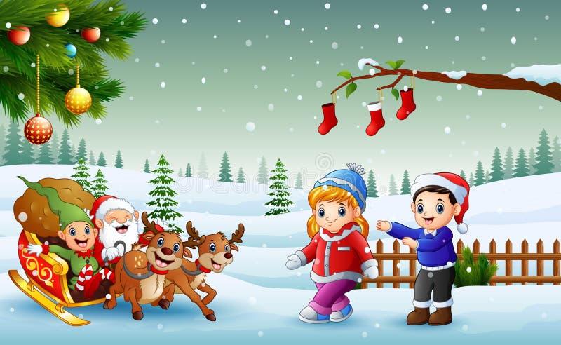 Счастливые дети и Санта Клаус с эльфом ехать на санях с сумкой подарков вытягиванных северным оленем иллюстрация штока