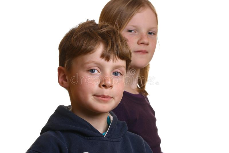 счастливые малыши молодые стоковые фотографии rf