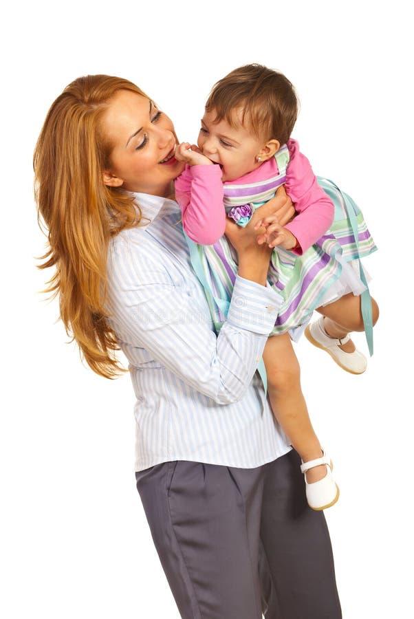 Счастливые мать и дочь стоковая фотография