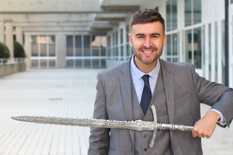 Счастливый бизнесмен готовый для боя стоковое изображение rf