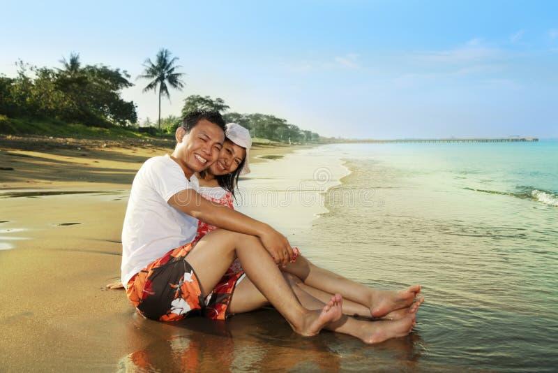 счастливый медовый месяц стоковая фотография