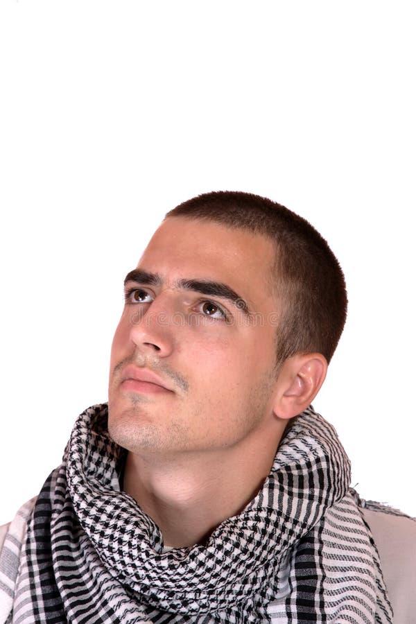 Счастливый молодой вскользь портрет человека стоковая фотография rf