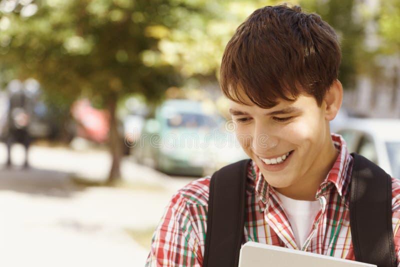 счастливый студент стоковая фотография
