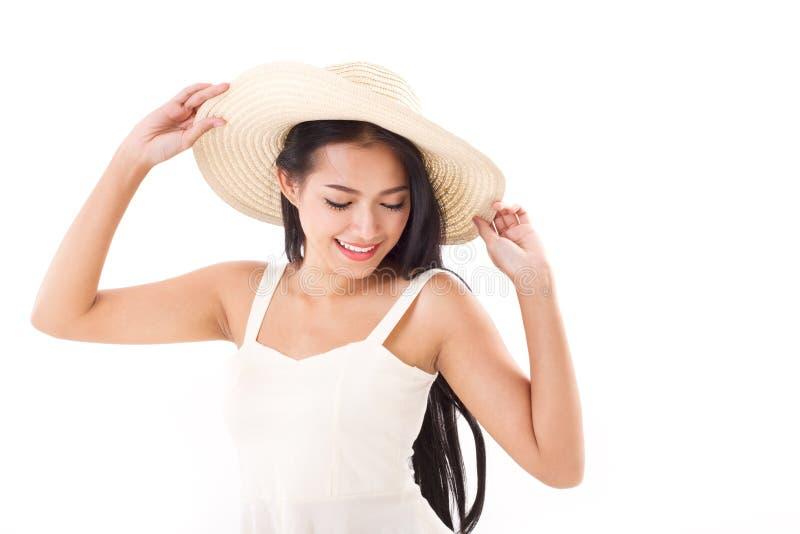 Счастливая женщина в концепции лета стоковые фото