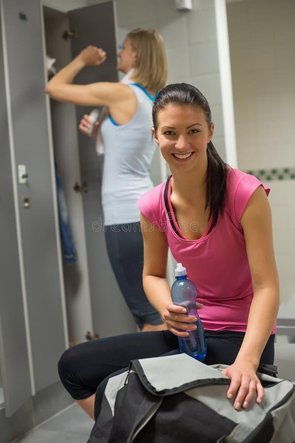 фото девушек в тренажерном зале раздевалка они