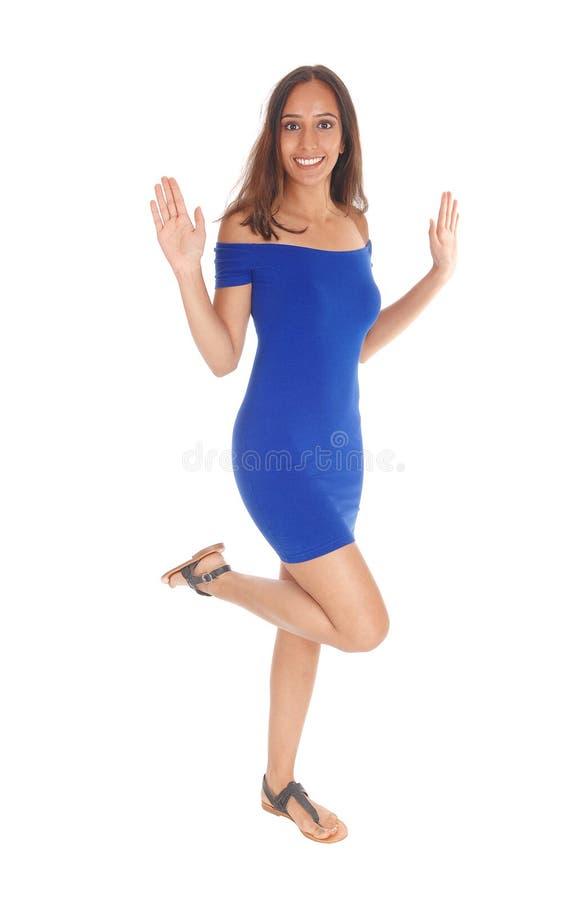 счастливая скача женщина стоковые фото