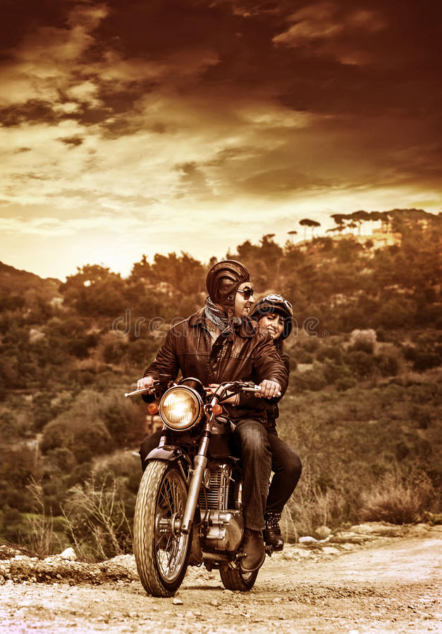 Счастливые мотоциклисты стоковые фотографии rf
