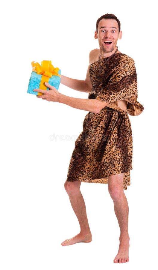 Счастливые одичалые смешные настоящий момент manwith или пакет подарка стоковое фото