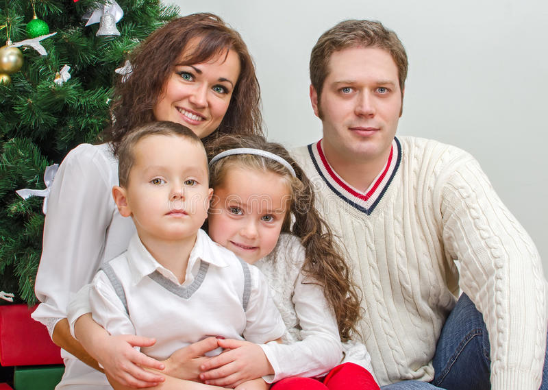 Счастливые члены семьи стоковые изображения rf