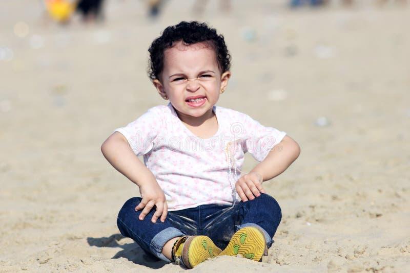 Счастливый арабский ребёнок стоковое изображение rf