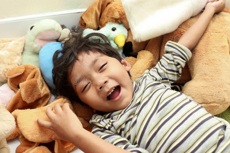 Счастливый большой смеяться над стоковые изображения