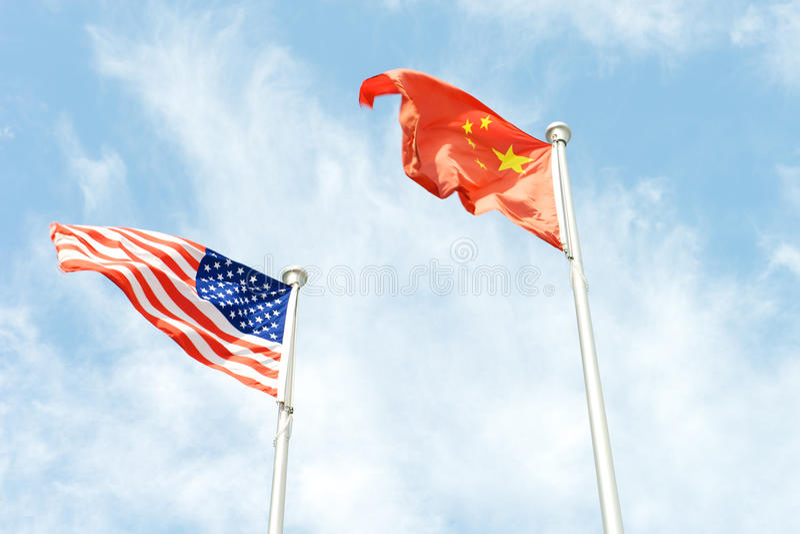 США и флаг высшей силы Китая стоковое фото rf
