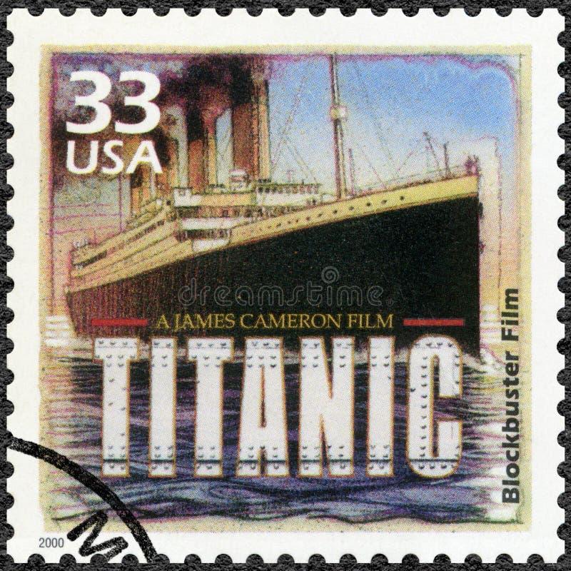 США - 2000: плакат выставок для Титанический, 1997, посвящает фильм блокбастера, серию празднует столетие, 1990s стоковое фото