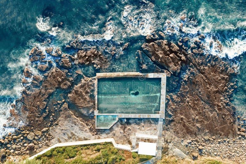 Съемка бассейна утеса Coalcliff воздушная выше стоковое фото rf