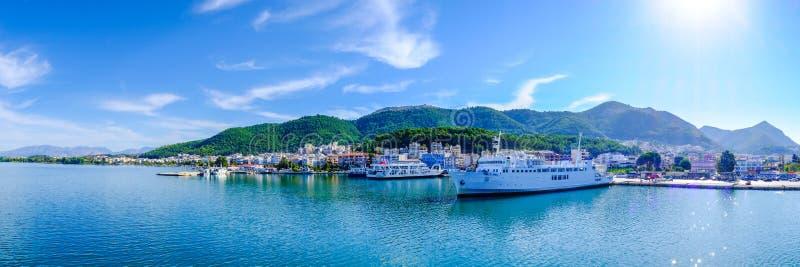 Съемка гавани парома Греции панорамная стоковое изображение rf
