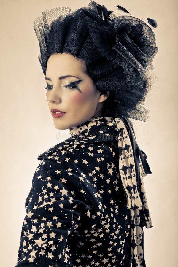 съемка красотки японская модельная ввела в моду стоковая фотография rf