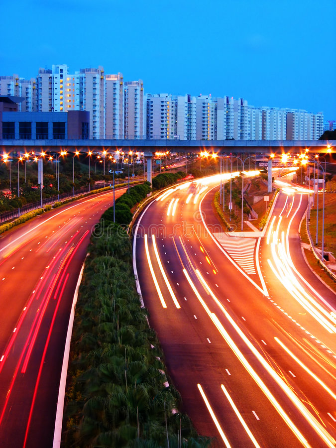 Download съемка скоростной дороги вечера Стоковое Фото - изображение насчитывающей expressway, скорость: 88042