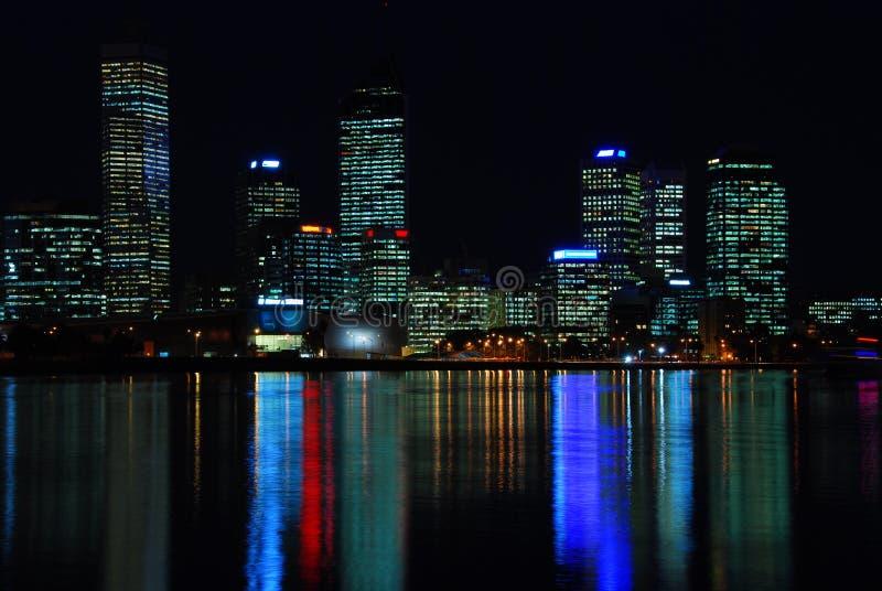 съемка perth ночи города стоковые фотографии rf